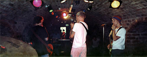 sam's eye view, milk - the cavern sat 4th sept 1999